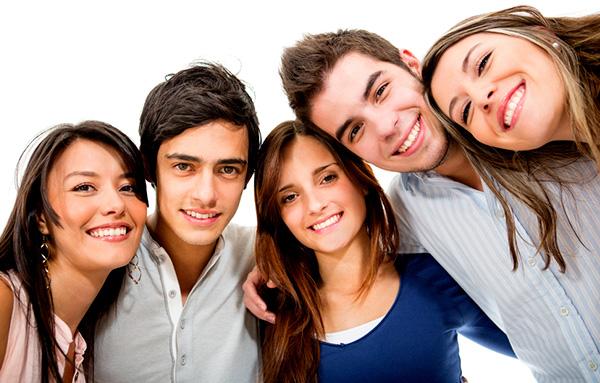 9 punti per la salute orale dei giovani e dei loro genitori